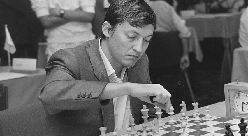 Anatoly Karpov - Anatoly Karpov and the great grandmasters at the Euro Club Cup