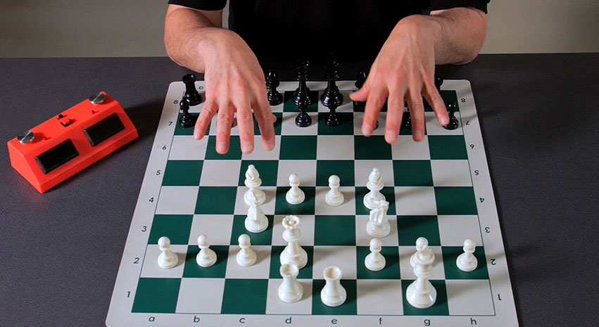 touchmove - 2 key rules in chess that are advantageous to know for players
